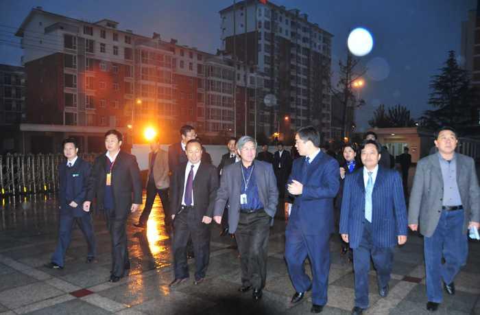 陕西省建设厅领导视察园林化建设