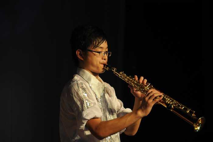 萨克斯独奏——《回家》,丝丝音符,丝丝旋律,用音乐倾诉对家的渴