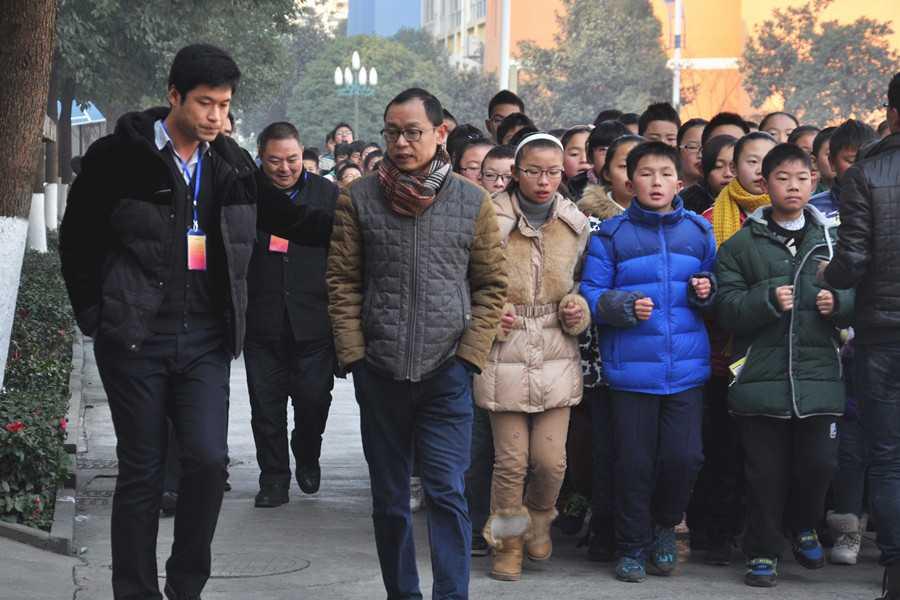 汉中市龙岗学校 安康高新国际中学来我校参观交流 高清图片