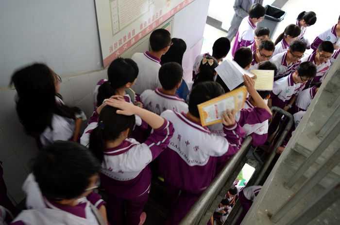 年5月13日,距2008年5月12日汶川高中震已整整7年,为提高我校高中部电话招生办大地清河图片